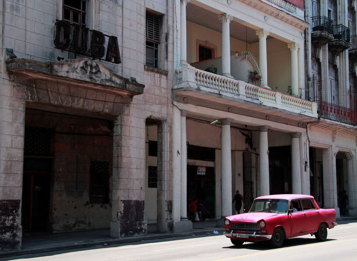 Been There. Cuba Havana, Cuba Havanna, Cuba Architectural Column Architecture Building Exterior Built Structure Car Day Land Vehicle Mode Of Transport No People Outdoors Transportation