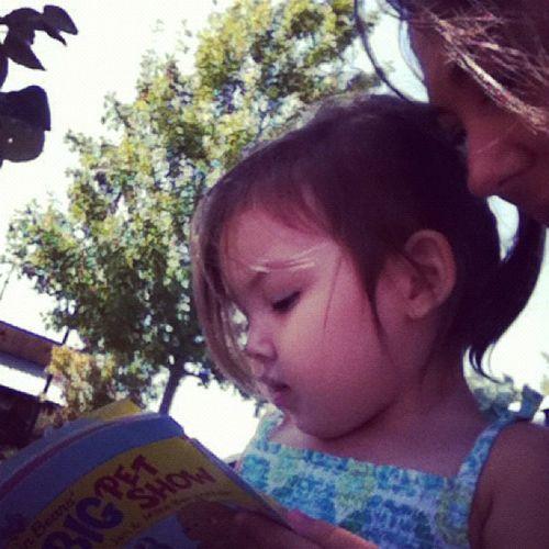 Reading Mommy a Bearansteinbears Book :) so sweet instakids instagram_kids cute love