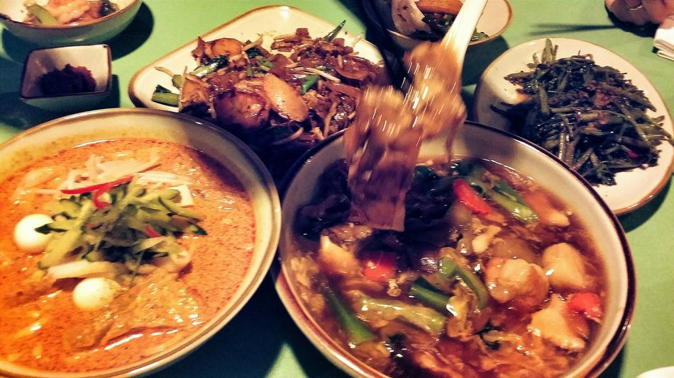 When friends return to Singapore for a visit, local food is a must Local Food Laksa Char Kway Teow Seafood Horfun
