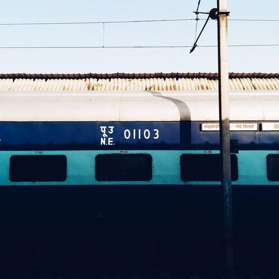 01103. ?? Whpgeometry Indiapictures Train Ig_Delhi delhi vscogrid vsco vscocam
