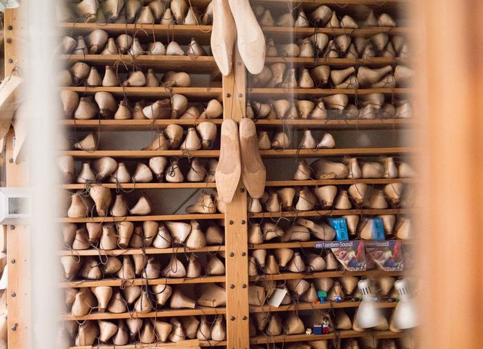 Antique Shoe Shop Shoemaker Tradition Wood Close-up Craft Craftmanship Craftsmanship  Handcraft Handcrafted Indoors  Interior Interior Design Last Manufacturing Manufacturing Equipment No People Shelf Shoe Maker Shoes Window Window View Wood - Material Wood Last