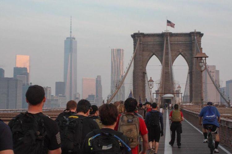 Rucksack Goruck Brooklyn Bridge / New York World Trade Center One World Trade Center American Flag Famous Place Travel Destinations Leisure Activity