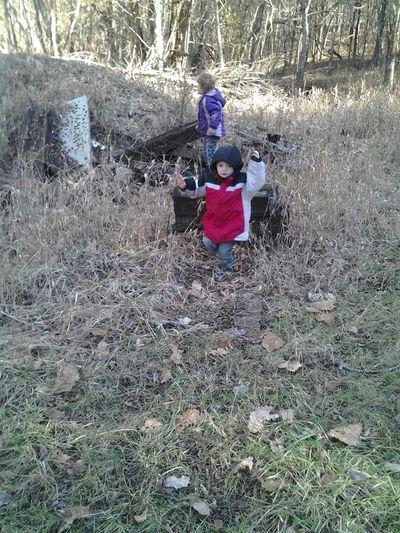 Nature Worthville Ky Farm. Nature Wslk With Grandchildren