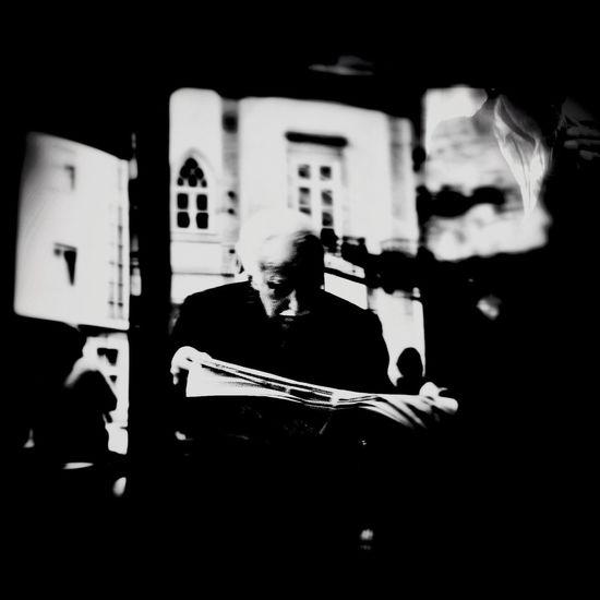 Streetphotography Street Life Notes From The Underground ...The Plæce Øf Dæd Rœds...