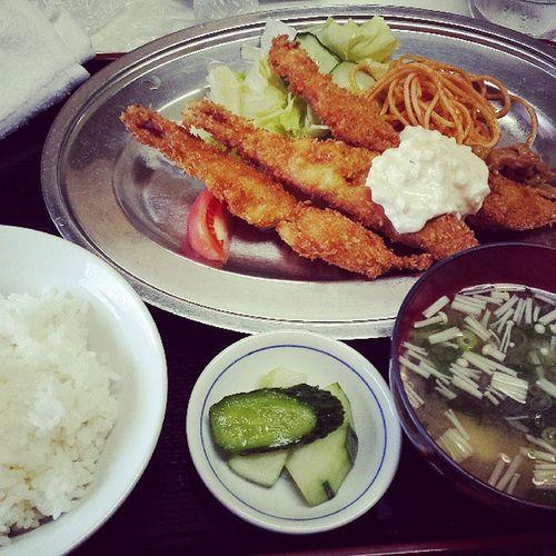 昔ながらの定食屋さん。おばちゃん、いつもおいしいよ、ありがとう。文京レストラン