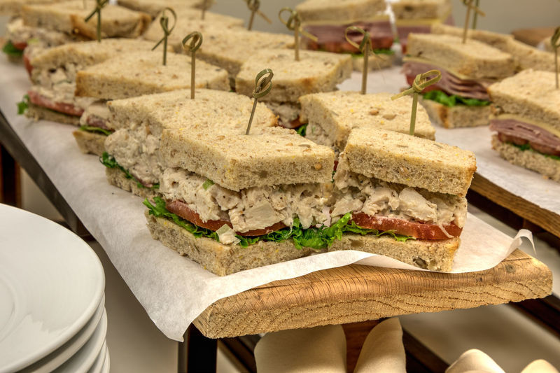 Chicken salad sandwich with the bread crust cut off and made into finger sandwiches. Chicken Salad Sandwich Chicken Salad Chicken Sandwich Lunch Bread Crust Cut Off Bread With The Crust Cut Off Finger Sandwiches Light Lunch Meal Healthy Eating Healthy Buffet Delicious Homemade Small Portions