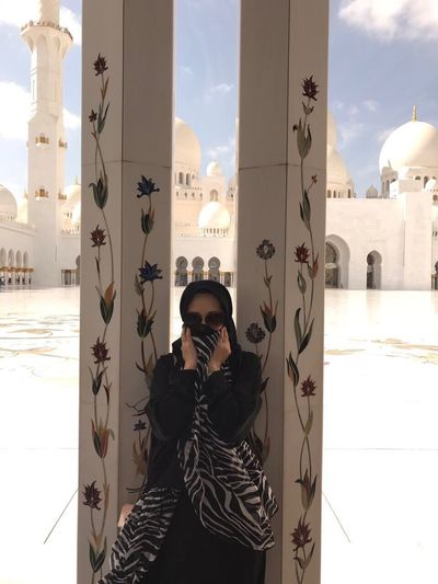Abu Dhabi Woman Built Structure Architecture Beautifulmosque Myself EyeEm Best Shots EyeEmBestPics EyeEm Gallery Religion Travel 2017 Beautifularchitecture Real People One Person Waist Up Building Exterior Standing City Lifestyles Outdoors Sky Portrait Day Men One Man Only People Only Men Adults Only Adult
