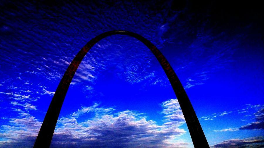 St.Louis MO Gateway Arch St. Louis, MO Arch Blue Sky