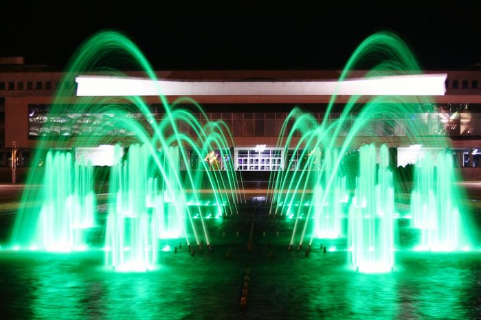 Fontain Fontana Green Light Nightphotography