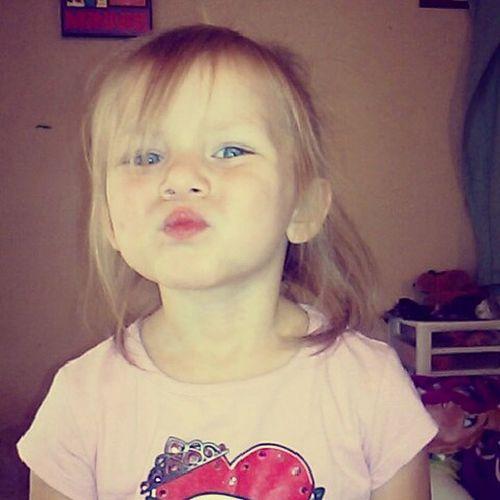 """Aunt Morg I want to take a selfie like you do"" lol I love her Selfiequeenies Selfiesunday BlueEyes"
