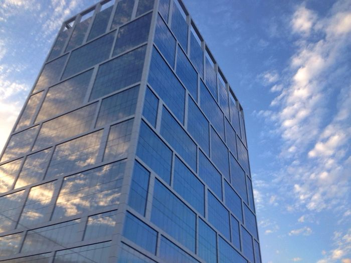 EyeEm Best Shots - Architecture Eye4photography  Urban Geometry Look Up And Thrive Clouds And Sky Reflection