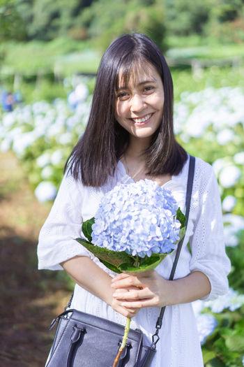 Portrait Hydrangea Hydrangea Flower Hydrangea In Bloom Hydrangea Bush Flower Asian  Garden Hat Cute Women