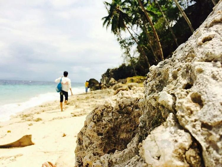 That's Me Enjoying Life EyeEm Best Shots - Landscape Beach Photography Walk This Way PhonePhotography Big Stones Keep It Blurry White Jacket Coconut Trees # if you like my photo follow me...