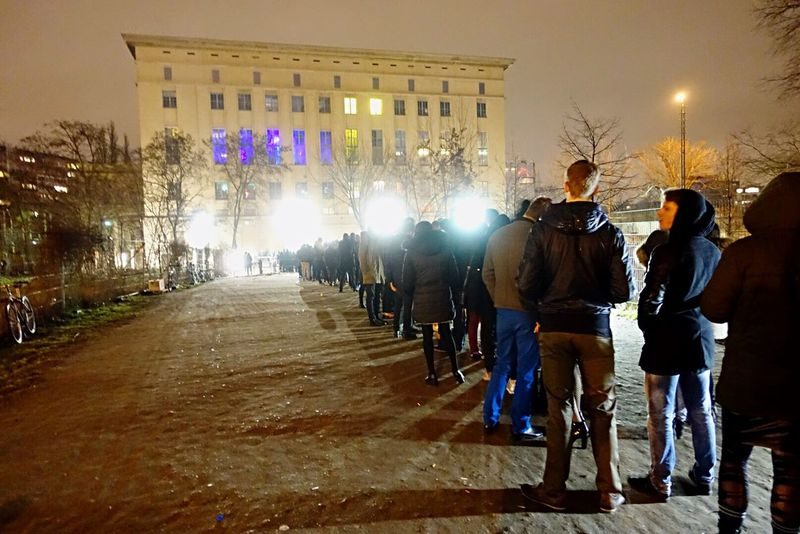 Why stand in line for Berghain ? Lineup Nightphotography Night Lights Nightlife Clubbing Patiently Waiting Patience Waiting Outside Showcase: February Urban Landscape Capture Berlin TakeoverMusic Discover Berlin