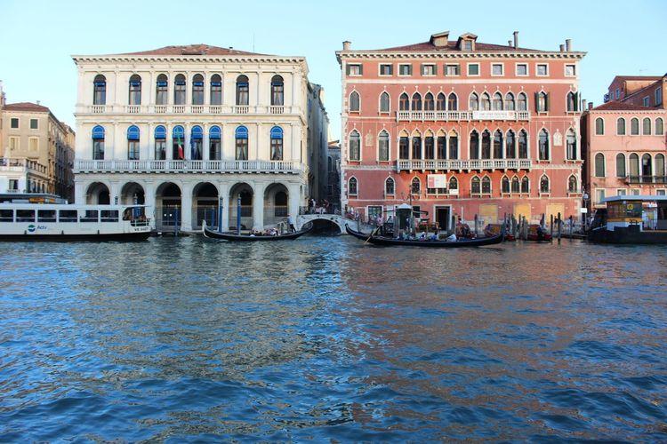 Grana canal in city