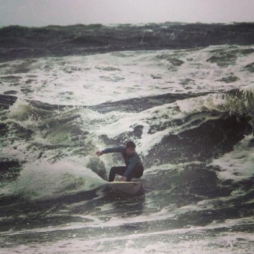 Surf Surftime Surfing Beach stormy storm playa tormenta wind viento olas mar sea xtreme sports summer verano veranouy verano2014 lapaloma balconada lapaloma2014 rocha uruguay igersuruguay portadaigers igers360 photooftheday cloud cloudy wind viento