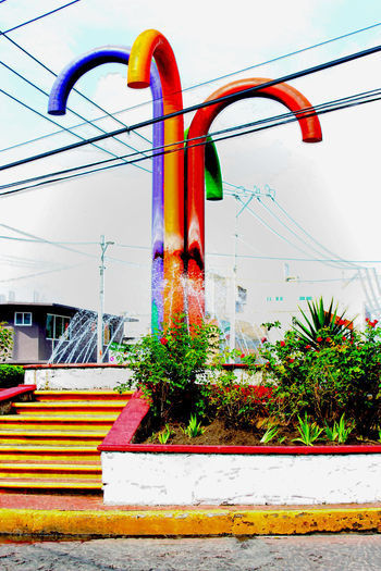 Architecture Bastones Blue Built Structure Cable Day Multi Colored No People Outdoors Plant Pole Power Line  Sky