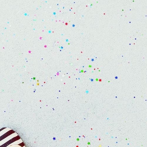 Star shaped glitters on wall