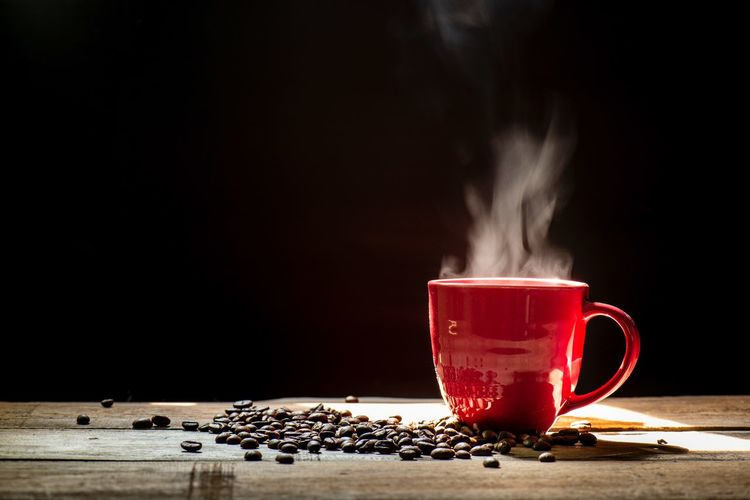 red coffee cup with smoke on black background Red Coffee Cup Smoke Dark Refreshment Drink Food And Drink Table Copy Space Cup Steam Smoke - Physical Structure Indoors  Mug Black Background Motion Coffee Red Food Coffee - Drink Heat - Temperature Studio Shot Coffee Cup No People