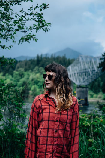 Anita The Portraitist - 2016 EyeEm Awards Portrait Flannel Sunglasses Overcast Lady Bridge The Great Outdoors With Adobe The Great Outdoors The Great Outdoors - 2016 EyeEm Awards Outdoors Adventure Let Your Hair Down Bridge Beautiful Travel Tourism Oregon Columbia River Gorge Feel The Journey EyeEm X Adobe - The Great Outdoors