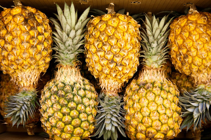 Box Business Freshness Market Pineapple Tropical Fruits Backgrounds Day For Sale Fruits Full Frame Healthy Eating Large Group Of Objects No People Order Outdoors
