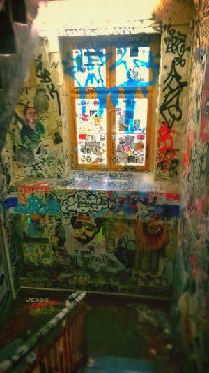 I Love it - Graffiti Green Berlin