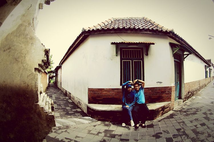 Saranghae Sillypose Infront Of Mosque Kotagede Jogjakarta