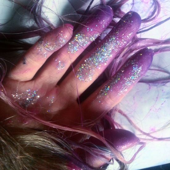 need to get some brighter dye for the ends of my hair :') Glitter Hand Hairdye Purple Dye Pink Pastel Hair Brown Hair Alternativehair Prettyhair Dyed Hair