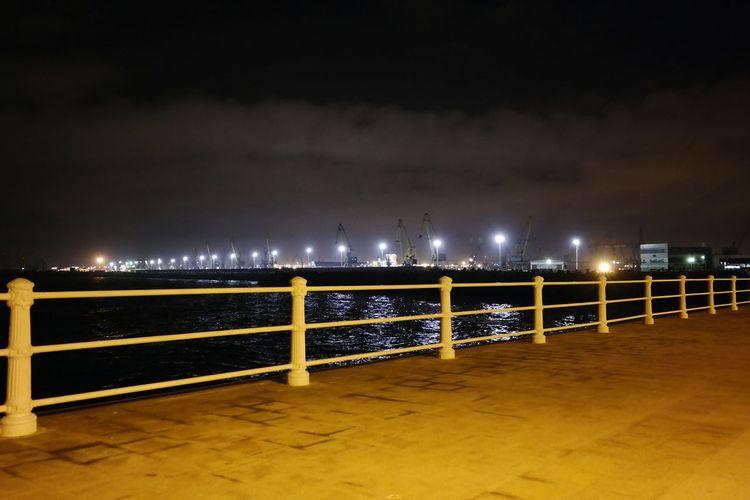 Harbor lights II