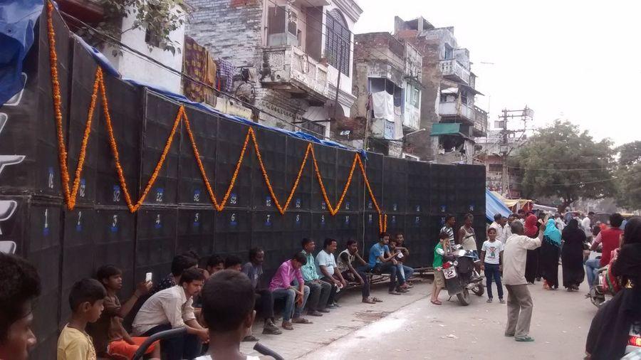 Super Bass ♥ Bass Speaker Indian Street Streetphotography Street Photography Loud Music Rafi Singer Million Watts