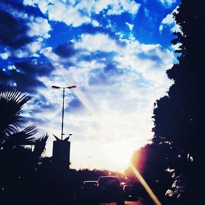 """"""" صباحي شمس أشرقت بنور حبك وغرست دفء قربك""""?"""
