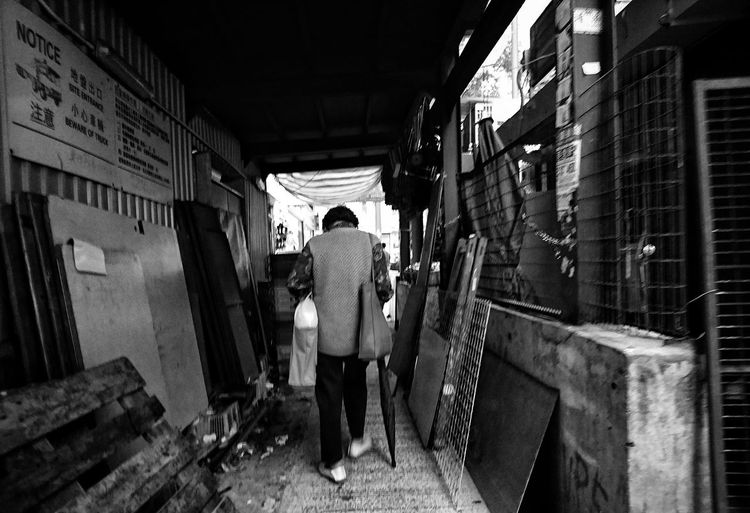 Street Life Mobilephotography AMPt AMPt - Street XperiaZ5 Sony Xperia AMPt Community Urbanphotography Lensculture Lensculturestreets Street Photography Streetphotography Snapshots Of Life Bnw_collection Black & White Photography Monochrome Noir Et Blanc Black And White Black & White Bw_collection Bnw_captures NEM Black&white Noiretblanc EyeEm Best Shots - The Streets Citylife