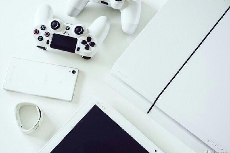 Somethings that i wish to have Ps4 Controller PS4 XperiaZ3 Smartband Xperiatabletz2 Sony Xperia Sonyproduct