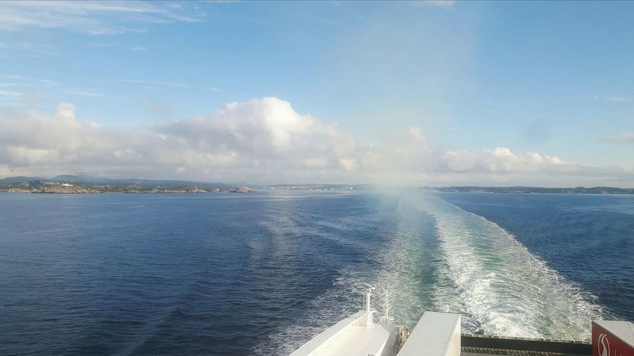 Denmark Norwegian Ferryboat Denmark 🇩🇰🇩🇰🇩🇰 Ferryride Dänemark Ferry Boat Ferry Ride Outdoors Norway Ferry Me Over Baltic Sea Ferry Crosses Baltic Sea Summer Views Norwegen Norway ✌ Fähre Ferry Crossing Norway🇳🇴 ScandinavianDenmark 🇩🇰 Denmark Love ❤️ Scandinavia Skandinavien Summer Holiday