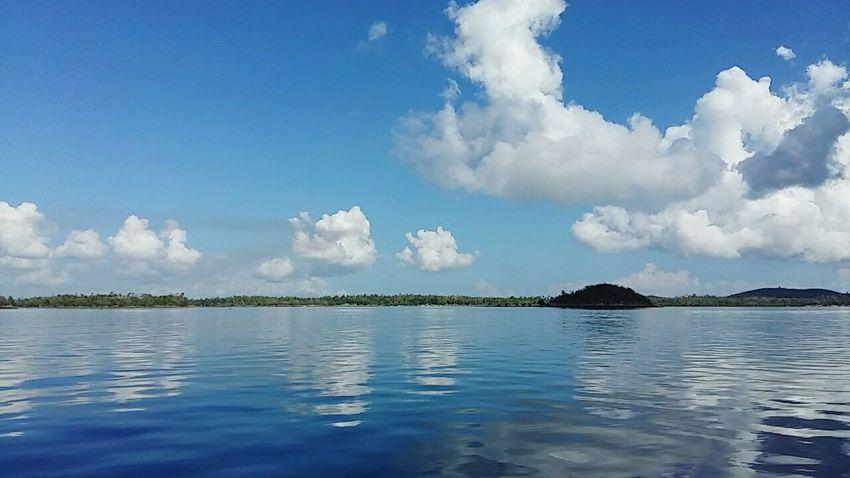 Isla Gigantes Sea And Sky Philippines Calm Sea