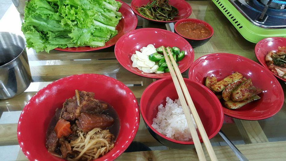 저녁은 한국식 갈비찜;;;;;;;,, 패키지의 한계인걸까;;;