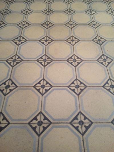 Pattern Backgrounds Full Frame Design Architectural Feature Tile Textured  Indoors  Hintergründe Muster Alt Old Tiles Fliese Kachel Boden Floor