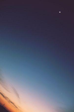 日本 Japan Moon Night Good Day 夕焼け Sunset Sky 夕陽 夕日 Set Sunsets Sunset_collection ゆうやけこやけ部 ゆうやけこやけ ゆうやけ 夕焼 Gradation グラデーション 月 月夜 月と金星 Moon Venus