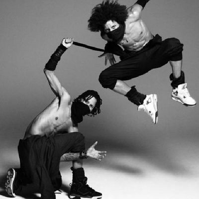 Lestwins Sexybeasts