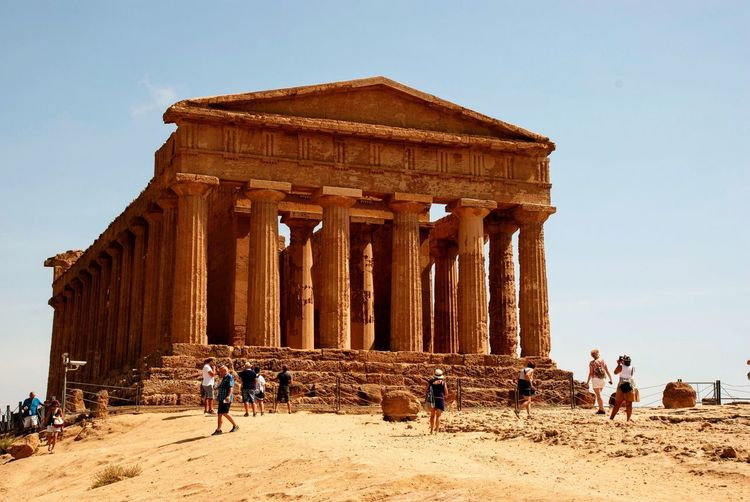 Valley Of Temples Architecture Agrigento Temple Greek Italy Italian Sicily Sicilia Group Of People Tourism Architecture History Sky The Past Ancient Travel Destinations Real People Clear Sky Built Structure Architectural Column Tourist Ancient Civilization