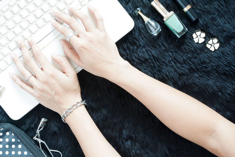 Adult Adults Only Arms Beautiful Beauty Bracelet Business Finance And Industry Close-up Day Fashion Fingers Hand Human Body Part Human Hand Indoors  Keyboard Nail Nail Polish One Person Only Women People Perfume Using Computer Using Laptop Women