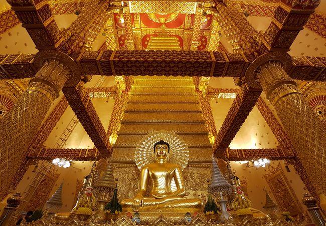 Temple Buddha Buddhism Budda Image Temple In Thailand Temple Thailand Thailand Ubon Ratchathani Ubon EyeEmNewHere Be. Ready. Crafted Beauty AI Now EyeEm Ready   Shades Of Winter