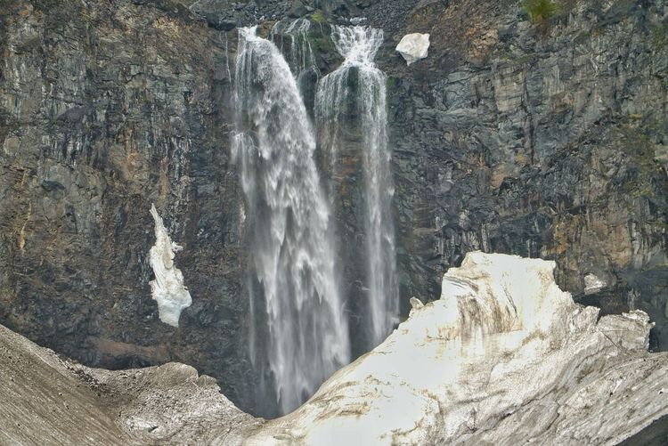 China Photos 백두산 백두산폭포 Waterfall Falls Nature Snow Covered Landscape_Collection Snow Melting Landscape #Nature #photography Taking Photos Changbai Mountain, China Streamzoofamily The Great Outdoors - 2017 EyeEm Awards
