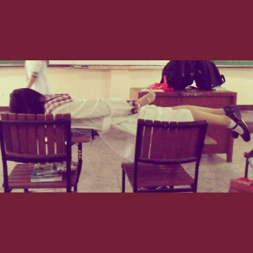 When planking used to be so cool. :))) Hahaha Stjames JameDays Planking Nene ThrowbackThursday tbt Mehehe lol