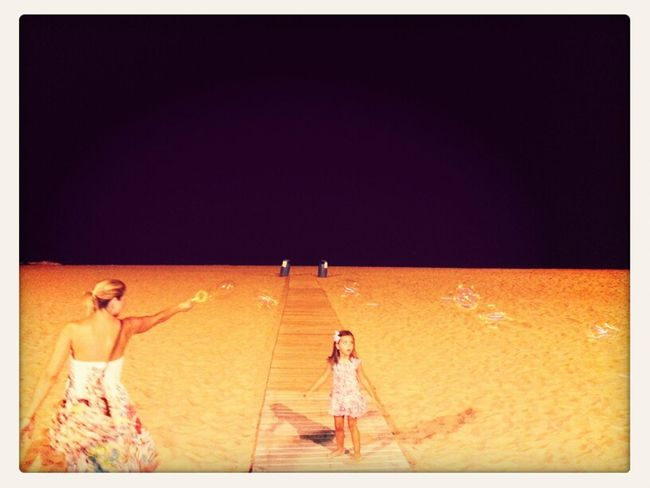 Pompas en la playa.