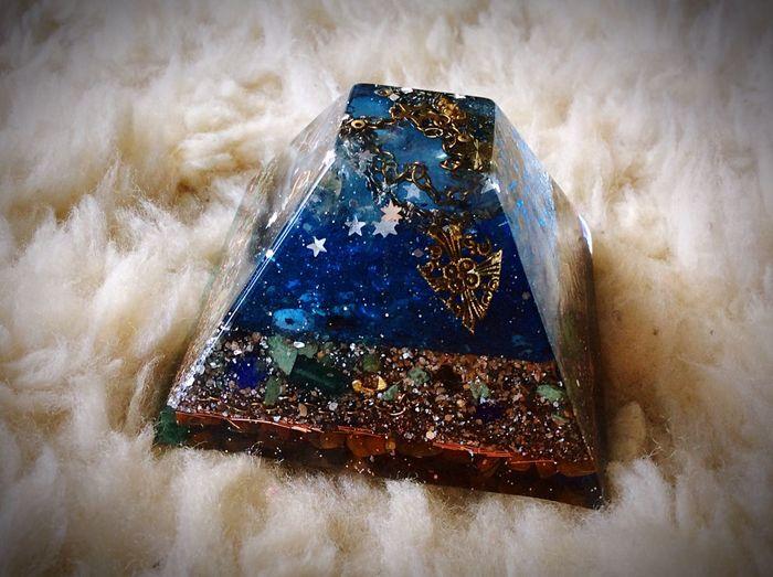 Pyramid Orgonite Healingstones Healingenergy Orgonites