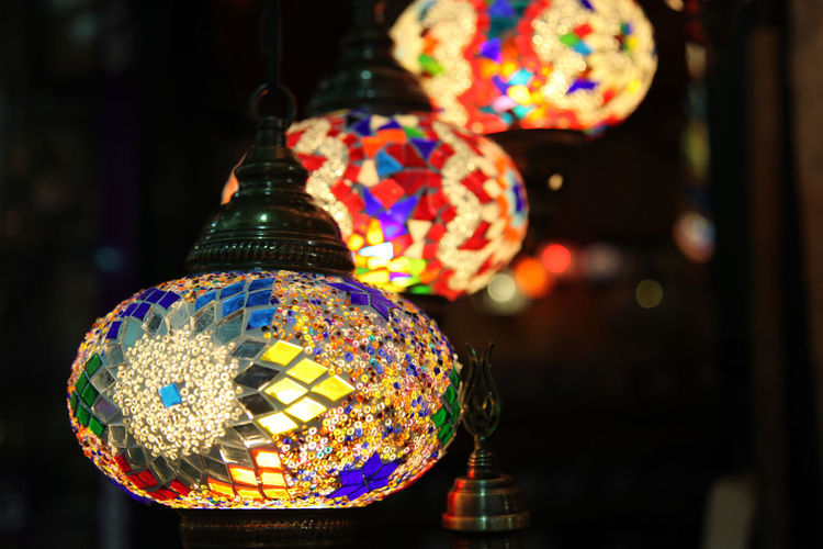 Art Canon Canon EOS 5D Mark II Canon_official Canon_photos Canonphotography Close-up Colorful Cultures Decor Decoration Design Focus On Foreground Glass Glass - Material Glass Art Glass Lamp Shade Grand Bazaar Istanbul Istanbul Turkey Lamp Lamps Multi Colored Sphere Turkey