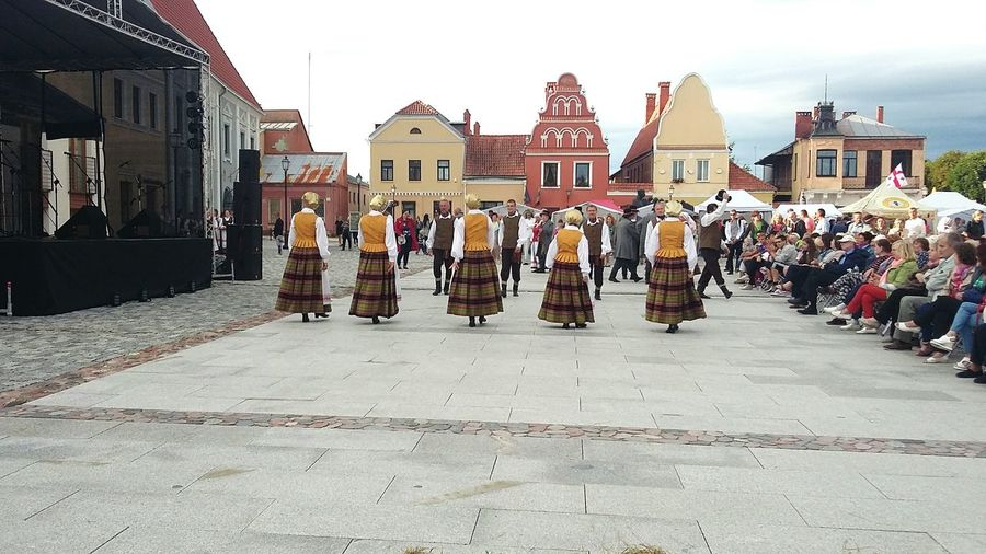 Midsummer Midsummer Midsummer Festival Midsummer Celebration Dance Dancing Dancers Feast Feasting Holiday Kedainiai Old Town Architecture City Building Exterior Built Structure Street Group Of People Celebration Day City Life Building History Outdoors The Past