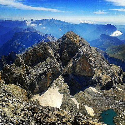 Ramond Ordesa Monteperdido Pirineoaragones huecalamagia aragon cima summit montañas