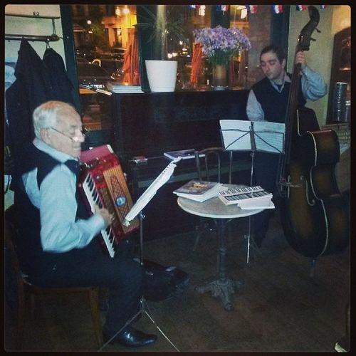 ფრანგული ნოემბრის შუა ხუთშაბათი :) French Music Cafe Accordion cello